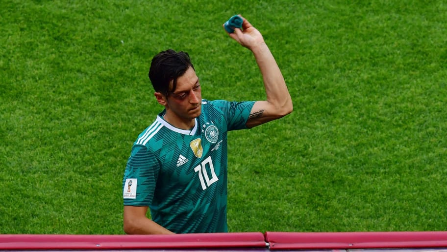 01a8efc30ad Arsenal's Mesut Özil Embroiled in Furious Row With Germany Supporters After  Dramatic World Cup Exit