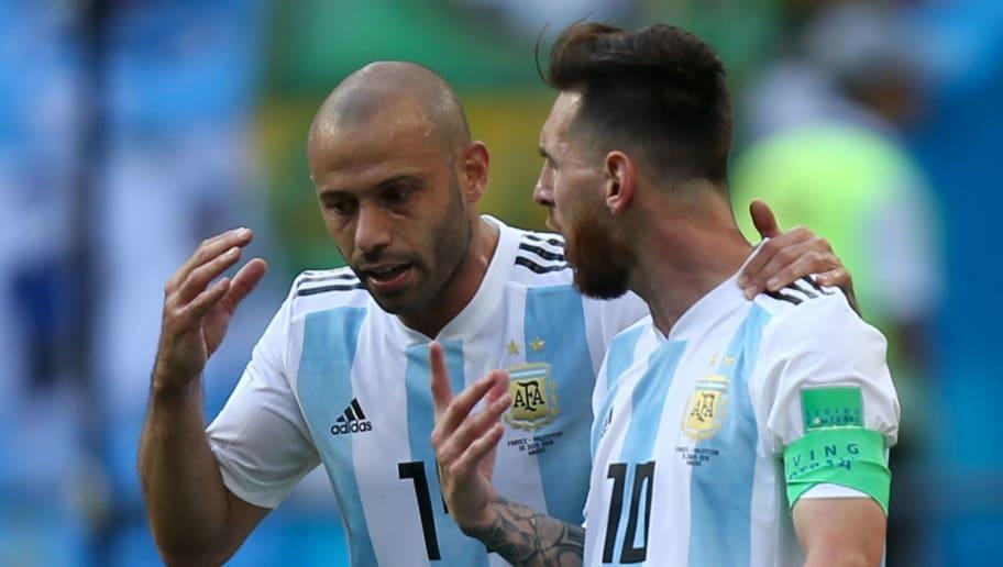 Former Barcelona Star Javier Mascherano Defends Lionel Messi Over National Team Criticism