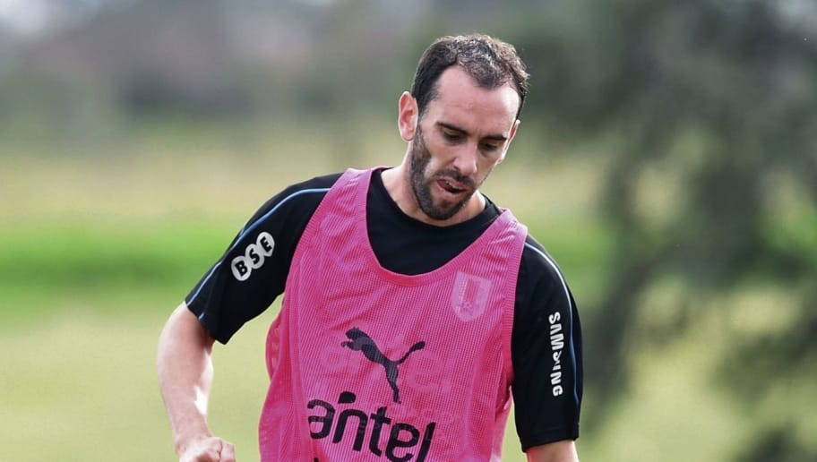 Uruguay's Diego Godin takes part in a training session at the Complejo Celeste sports complex near Montevideo, in Canelones Department, on May 28, 2018 ahead of the FIFA World Cup. (Photo by Miguel ROJO / AFP)        (Photo credit should read MIGUEL ROJO/AFP/Getty Images)