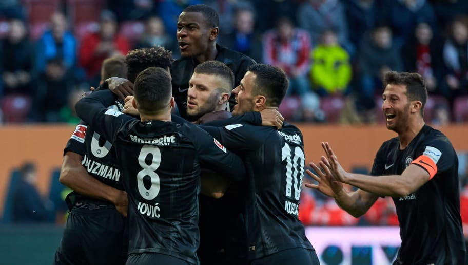 AUGSBURG, GERMANY - NOVEMBER 24: Jonathan de Guzman of Frankfurt celebrates after scoring his team`s first goal during the Bundesliga match between FC Augsburg and Eintracht Frankfurt at WWK-Arena on November 24, 2018 in Augsburg, Germany. (Photo by TF-Images/Getty Images)
