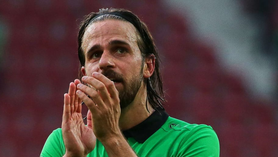 AUGSBURG, GERMANY - OCTOBER 21: Martin Harnik of Hannover looks on during the Bundesliga match between FC Augsburg and Hannover 96 at WWK-Arena on October 21, 2017 in Augsburg, Germany. (Photo by TF-Images/TF-Images via Getty Images)
