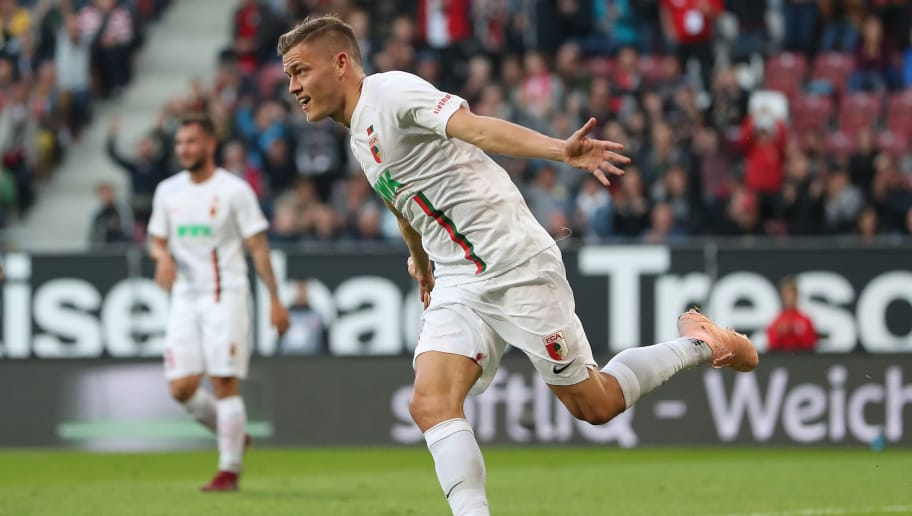 AUGSBURG, GERMANY - SEPTEMBER 30: Alfred Finnbogason of Augsburg celebrates  the second goal for Augsburg during the Bundesliga match between FC Augsburg and Sport-Club Freiburg at WWK-Arena on September 30, 2018 in Augsburg, Germany. (Photo by Christian Kaspar-Bartke/Bongarts/Getty Images)