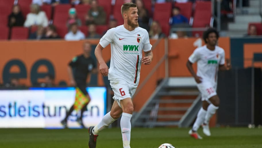 AUGSBURG, GERMANY - SEPTEMBER 22: Jeffrey Gouweleeuw of FC Augsburg controls the ball during the Bundesliga match between FC Augsburg and SV Werder Bremen at WWK-Arena on September 22, 2018 in Augsburg, Germany. (Photo by TF-Images/Getty Images)