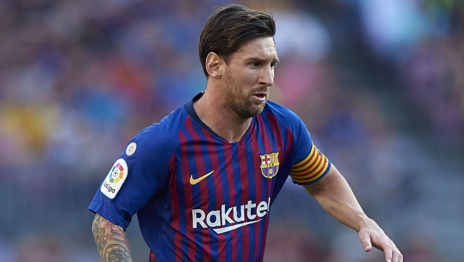 BARCELONA, SPAIN - SEPTEMBER 29:  Lionel Messi of Barcelona in action during the La Liga match between FC Barcelona and Athletic Club at Camp Nou on September 29, 2018 in Barcelona, Spain.  (Photo by Quality Sport Images/Getty Images)