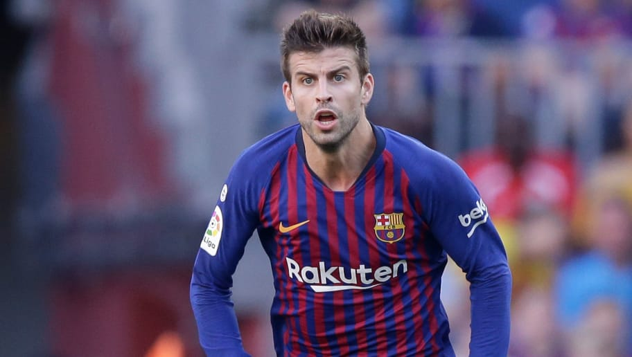BARCELONA, SPAIN - SEPTEMBER 29: Gerard Pique of FC Barcelona during the La Liga Santander  match between FC Barcelona v Athletic de Bilbao at the Camp Nou on September 29, 2018 in Barcelona Spain (Photo by Jeroen Meuwsen/Soccrates /Getty Images)