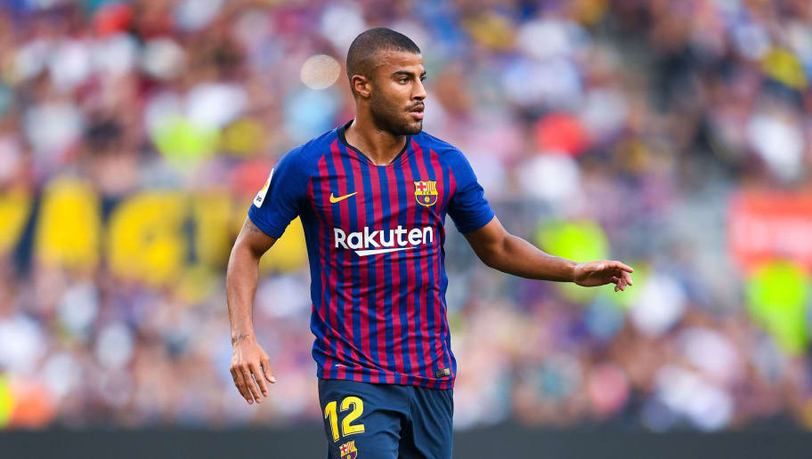 BARCELONA, SPAIN - AUGUST 15:  Rafinha Alcantara of FC Barcelona runs with the ball during the Joan Gamper Trophy match between FC Barcelona and Boca Juniors at Camp Nou on August 15, 2018 in Barcelona, Spain.  (Photo by David Ramos/Getty Images)