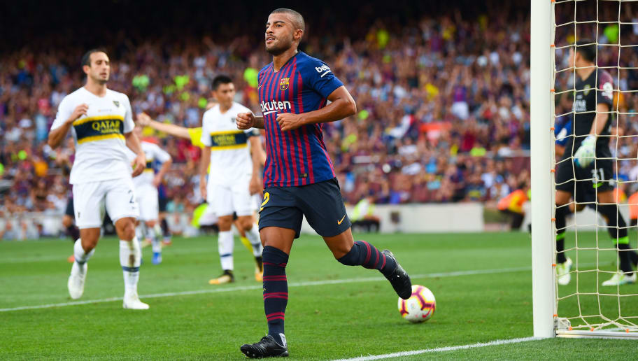 BARCELONA, SPAIN - AUGUST 15:  Rafinha Alcantara of FC Barcelona celebrates after scoring his team's third goal during the Joan Gamper Trophy match between FC Barcelona and Boca Juniors at Camp Nou on August 15, 2018 in Barcelona, Spain.  (Photo by David Ramos/Getty Images)