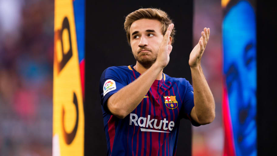 BARCELONA, SPAIN - AUGUST 07: Sergi Samper of FC Barcelona enters the pitch ahead of the Joan Gamper Trophy match between FC Barcelona and Chapecoense at Camp Nou stadium on August 7, 2017 in Barcelona, Spain. (Photo by Alex Caparros/Getty Images)