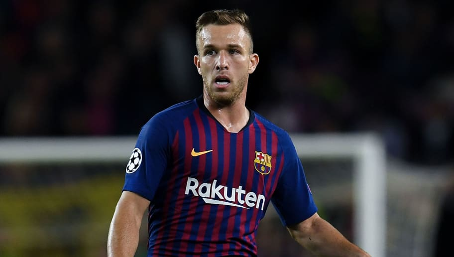BARCELONA, SPAIN - OCTOBER 24:  Arthur of FC Barcelona runs with the ball during the Group B match of the UEFA Champions League between FC Barcelona and FC Internazionale at Camp Nou on October 24, 2018 in Barcelona, Spain.  (Photo by David Ramos/Getty Images)