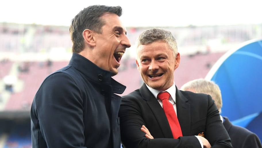 Gary Neville Claims There Are 4 or 5 Players Who Don't Want to Be at Man Utd