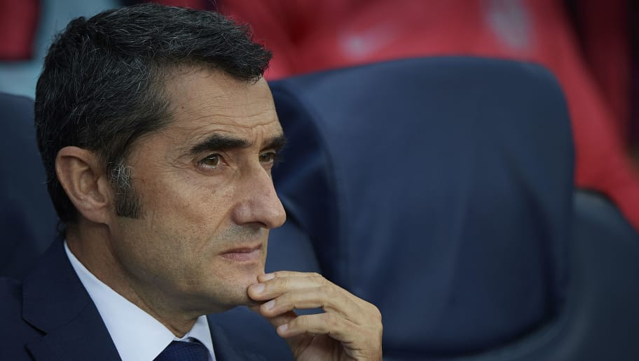 BARCELONA, SPAIN - SEPTEMBER 18:  Ernesto Valverde, Manager of FC Barcelona look on prior the Group B match of the UEFA Champions League between FC Barcelona and PSV at Camp Nou on September 18, 2018 in Barcelona, Spain.  (Photo by Quality Sport Images/Getty Images)