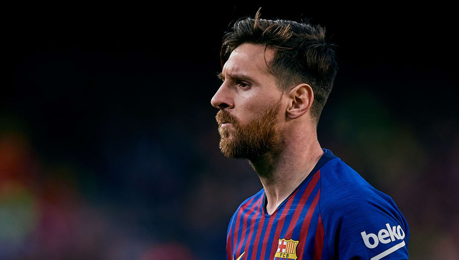 BARCELONA, SPAIN - NOVEMBER 11: Leo Messi of FC Barcelona looks on during the La Liga match between FC Barcelona and Real Betis Balompie at Camp Nou on November 11, 2018 in Barcelona, Spain. (Photo by David Aliaga/MB Media/Getty Images)