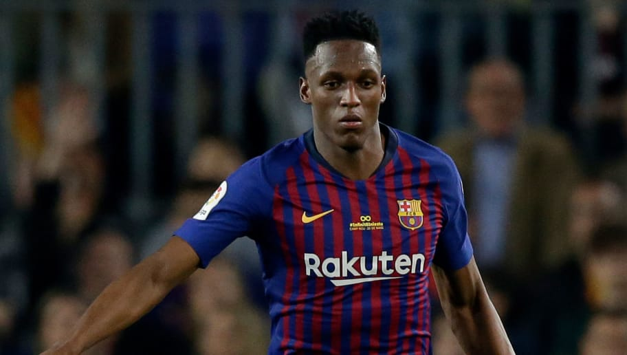 BARCELONA, SPAIN - MAY 20: Yerry Mina of FC Barcelona  during the La Liga Santander  match between FC Barcelona v Real Sociedad at the Camp Nou on May 20, 2018 in Barcelona Spain (Photo by Jeroen Meuwsen/Soccrates/Getty Images)