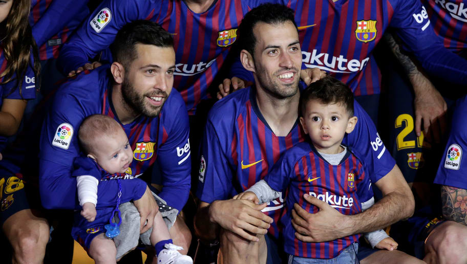 BARCELONA, SPAIN - MAY 20: (L-R) Jordi Alba of FC Barcelona, Sergio Busquets of FC Barcelona  during the La Liga Santander  match between FC Barcelona v Real Sociedad at the Camp Nou on May 20, 2018 in Barcelona Spain (Photo by Jeroen Meuwsen/Soccrates/Getty Images)
