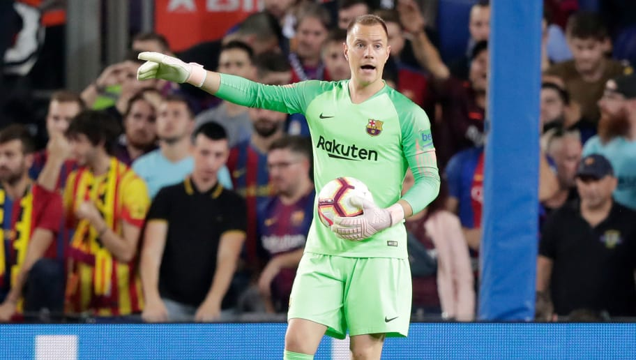 BARCELONA, SPAIN - OCTOBER 20: Marc Andre ter Stegen of FC Barcelona  during the La Liga Santander  match between FC Barcelona v Sevilla at the Camp Nou on October 20, 2018 in Barcelona Spain (Photo by Jeroen Meuwsen/Soccrates/Getty Images)
