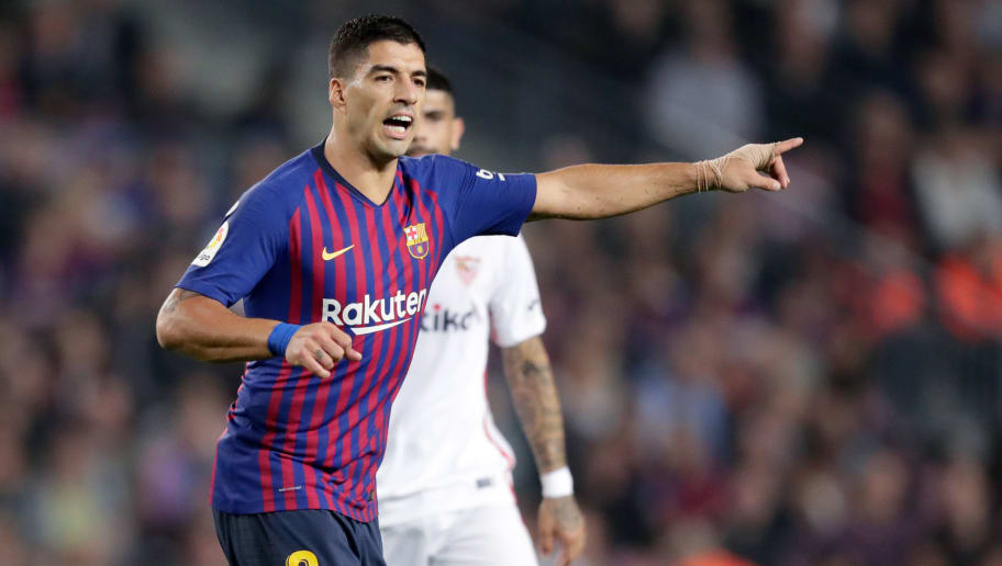BARCELONA, SPAIN - OCTOBER 20: Luis Suarez of FC Barcelona during the La Liga Santander  match between FC Barcelona v Sevilla at the Camp Nou on October 20, 2018 in Barcelona Spain (Photo by Jeroen Meuwsen/Soccrates/Getty Images)