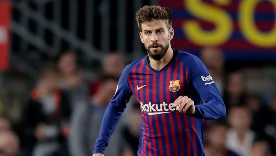 BARCELONA, SPAIN - OCTOBER 20: Gerard Pique of FC Barcelona during the La Liga Santander  match between FC Barcelona v Sevilla at the Camp Nou on October 20, 2018 in Barcelona Spain (Photo by Jeroen Meuwsen/Soccrates/Getty Images)