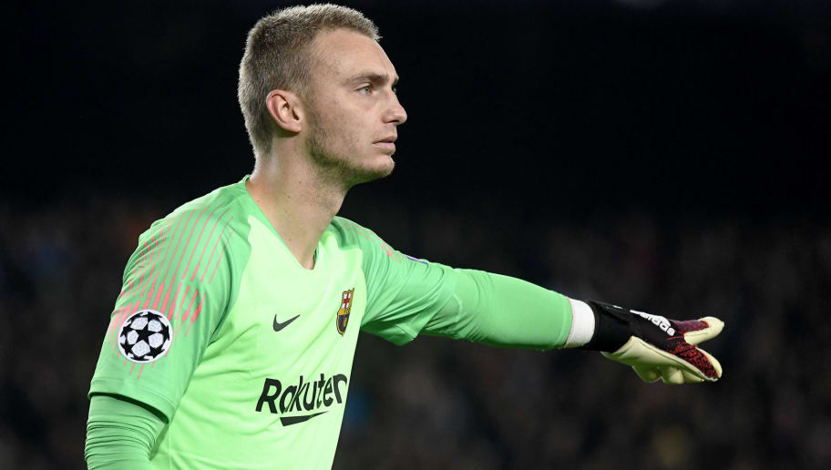 BARCELONA, SPAIN - DECEMBER 11: Jasper Cillessen of FC Barcelona gestures during the UEFA Champions League Group B match between FC Barcelona and Tottenham Hotspur at Camp Nou on December 11, 2018 in Barcelona, Spain. (Photo by TF-Images/TF-Images via Getty Images)