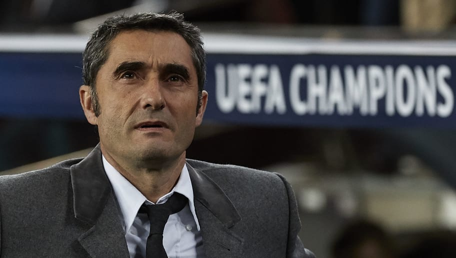 BARCELONA, SPAIN - DECEMBER 11: Ernesto Valverde, Manager of Barcelona looks on prior to the UEFA Champions League Group B match between FC Barcelona and Tottenham Hotspur at Camp Nou on December 11, 2018 in Barcelona, Spain. (Photo by Quality Sport Images/Getty Images)