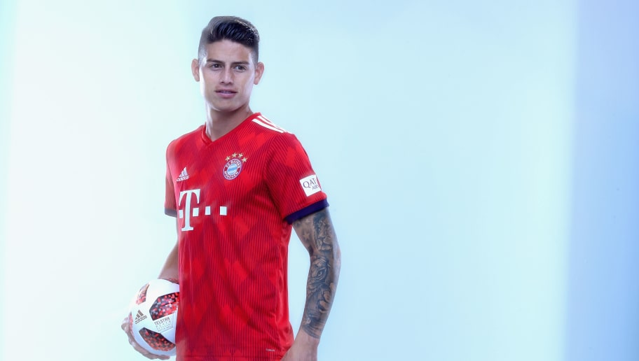 MUNICH, GERMANY - SEPTEMBER 02:  James Rodriguez of FC Bayern Muenchen during the FC Bayern Muenchen and Paulaner Photo Session at FGV Schmidtle Studios on September 2, 2018 in Munich, Germany.  The traditional photo shoot featuring FC Bayern Muenchen for the Paulaner brewery who have been a platinum partner with Bayern Muenchen since 2003. Giving some of the stars from Germany's record-breaking football team and their trainer Niko Kovac the opportunity to get in touch with some Bavarian culture by dressing for the shoot in Lederhosen the traditional attire of Bavaria.  (Photo by Alexander Hassenstein/Getty Images for Paulaner)