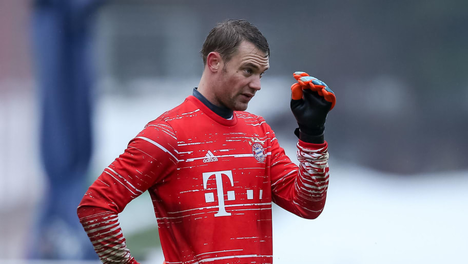 MUNICH, GERMANY - JANUARY 30: Goalkeeper Manuel Neuer of FC Bayern Muenchen looks on during a training session at the Saebener Strasse training ground on January 30, 2017 in Munich, Germany. (Photo by TF-Images/Getty Images)'n