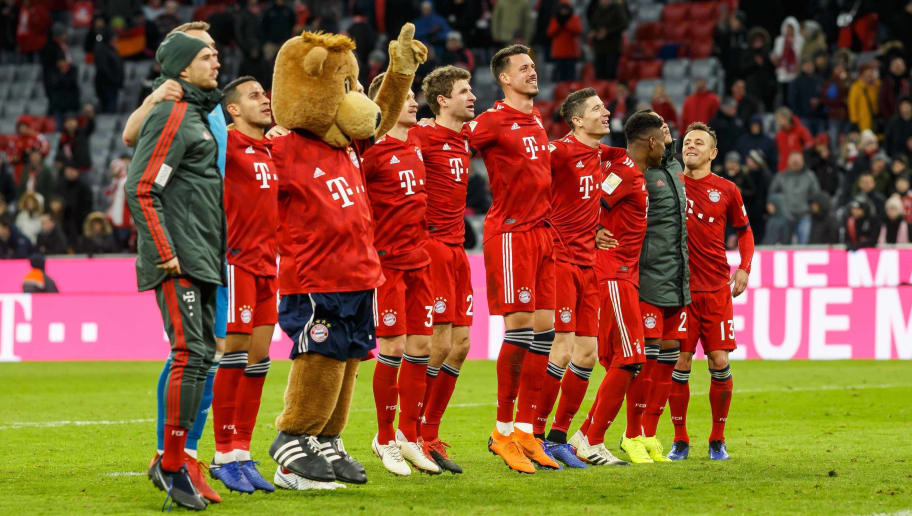 MUNICH, GERMANY - DECEMBER 08: Players of Bayern Muenchen celebrates after winning the Bundesliga match between FC Bayern Muenchen and 1. FC Nuernberg at Allianz Arena on December 8, 2018 in Munich, Germany. (Photo by TF-Images/TF-Images via Getty Images)