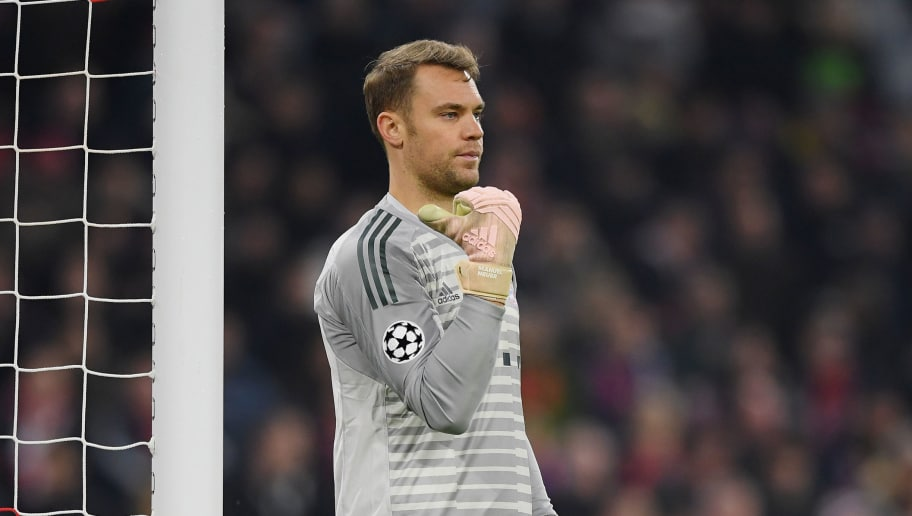 MUNICH, GERMANY - NOVEMBER 07: Goalkeeper Manuel Neuer of FC Bayern Muenchen gestures during the Group E match of the UEFA Champions League between FC Bayern Muenchen and AEK Athens at Allianz Arena on November 07, 2018 in Munich, Germany. (Photo by Matthias Hangst/Bongarts/Getty Images )