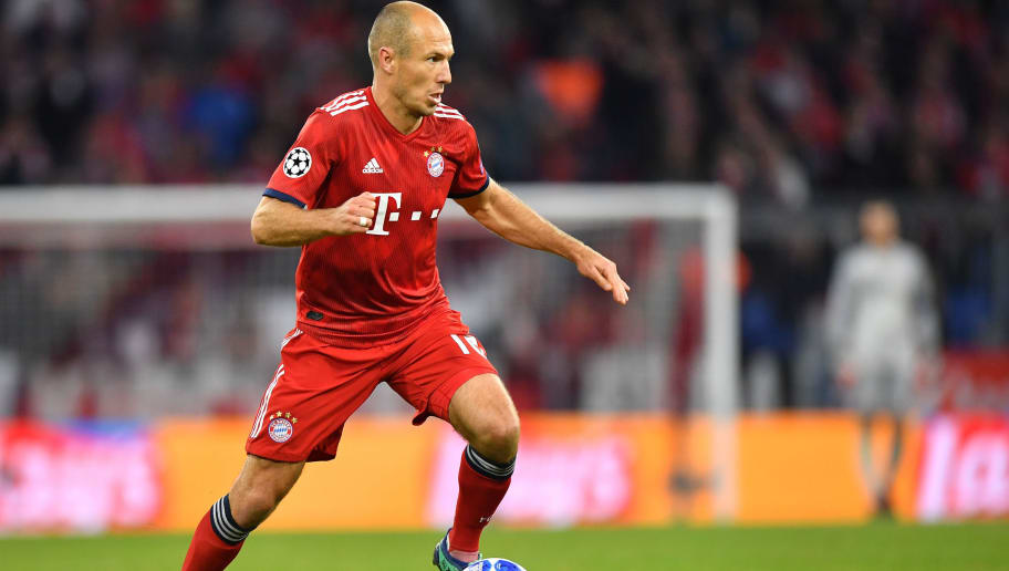 MUNICH, GERMANY - OCTOBER 02: Arjen Robben of Bayern Muenchen runs with the ball during the Group E match of the UEFA Champions League between FC Bayern Muenchen and Ajax at Allianz Arena on October 2, 2018 in Munich, Germany. (Photo by Sebastian Widmann/Bongarts/Getty Images)
