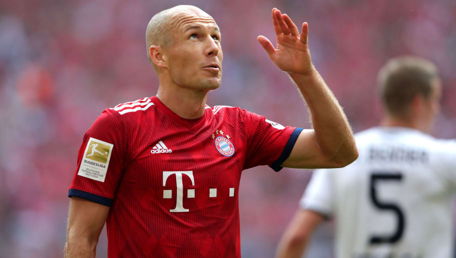 MUNICH, GERMANY - SEPTEMBER 15:  Arjen Robben of Bayern Munirch reacts during the Bundesliga match between FC Bayern Muenchen and Bayer 04 Leverkusen at Allianz Arena on September 15, 2018 in Munich, Germany.  (Photo by Alexander Hassenstein/Bongarts/Getty Images)