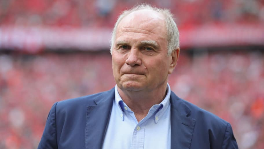 MUNICH, GERMANY - SEPTEMBER 15:  Uli Hoeness, President of Bayern Muenchen looks on prior to the Bundesliga match between FC Bayern Muenchen and Bayer 04 Leverkusen at Allianz Arena on September 15, 2018 in Munich, Germany.  (Photo by Alexander Hassenstein/Bongarts/Getty Images)