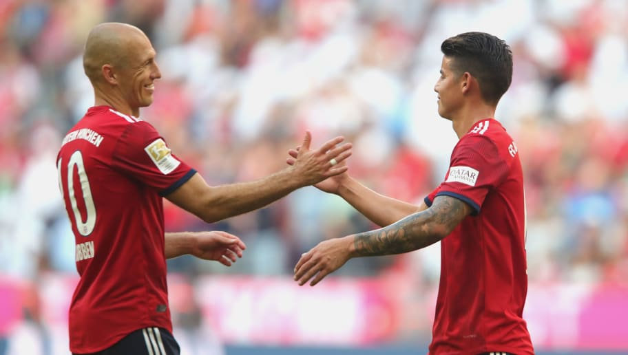 MUNICH, GERMANY - SEPTEMBER 15:  James Rodriguez  of Muenchen celebrates with his team mate Arjen Robben (L) after  the Bundesliga match between FC Bayern Muenchen and Bayer 04 Leverkusen at Allianz Arena on September 15, 2018 in Munich, Germany.  (Photo by Alexander Hassenstein/Bongarts/Getty Images)