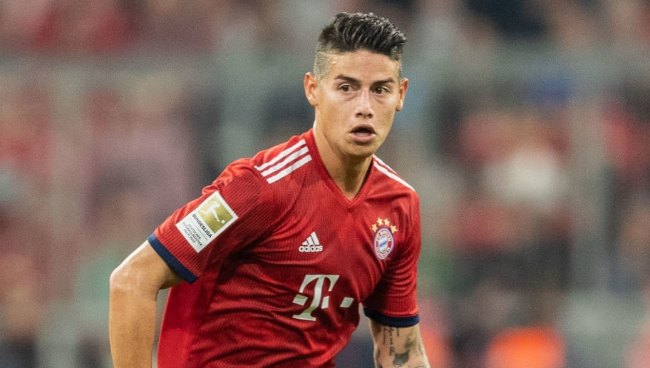 MUNICH, GERMANY - OCTOBER 06: James Rodriguez of FC Bayern Muenchen runs with the ball during the Bundesliga match between FC Bayern Muenchen and Borussia Moenchengladbach at Allianz Arena on October 6, 2018 in Munich, Germany. (Photo by Boris Streubel/Getty Images)