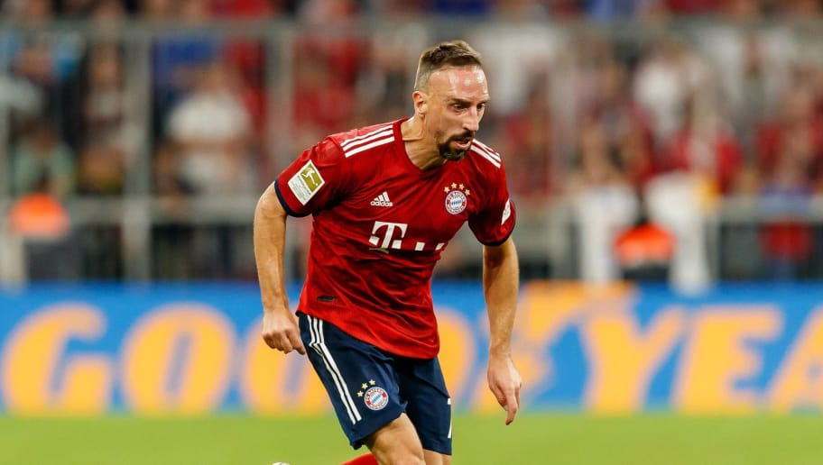 MUNICH, GERMANY - OCTOBER 06: Franck Ribery of Bayern Muenchen controls the ball during the Bundesliga match between FC Bayern Muenchen and Borussia Moenchengladbach at Allianz Arena on October 6, 2018 in Munich, Germany. (Photo by TF-Images/Getty Images)