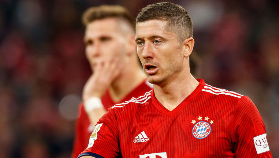 MUNICH, GERMANY - OCTOBER 06: Robert Lewandowski of Bayern Muenchen looks on during the Bundesliga match between FC Bayern Muenchen and Borussia Moenchengladbach at Allianz Arena on October 6, 2018 in Munich, Germany. (Photo by TF-Images/Getty Images)