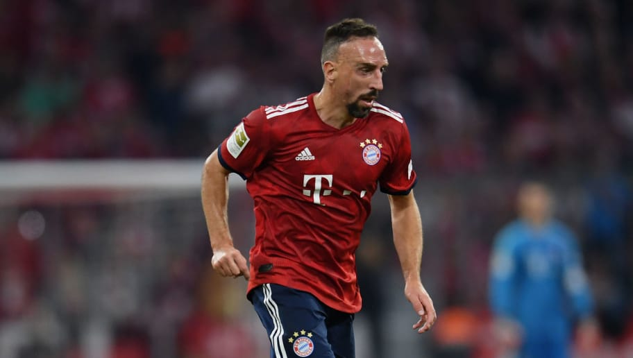 MUNICH, GERMANY - OCTOBER 06: Franck Ribery of FC Bayern Muenchen controls the ball during the Bundesliga match between FC Bayern Muenchen and Borussia Moenchengladbach at Allianz Arena on October 06, 2018 in Munich, Germany. (Photo by Matthias Hangst/Bongarts/Getty Images)