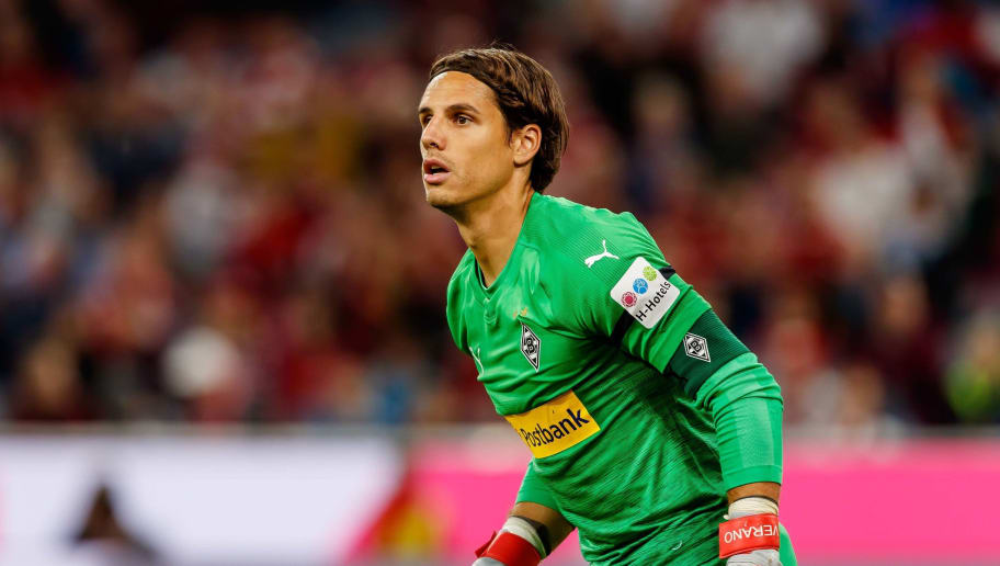 MUNICH, GERMANY - OCTOBER 06: Goalkeeper Yann Sommer of Borussia Moenchengladbach looks on during the Bundesliga match between FC Bayern Muenchen and Borussia Moenchengladbach at Allianz Arena on October 6, 2018 in Munich, Germany. (Photo by TF-Images/Getty Images)