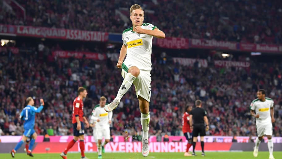 MUNICH, GERMANY - OCTOBER 06:  Patrick Herrmann of Borussia Monchengladbach celebrates after scoring his team's third goal  during the Bundesliga match between FC Bayern Muenchen and Borussia Moenchengladbach at Allianz Arena on October 6, 2018 in Munich, Germany.  (Photo by Sebastian Widmann/Bongarts/Getty Images)