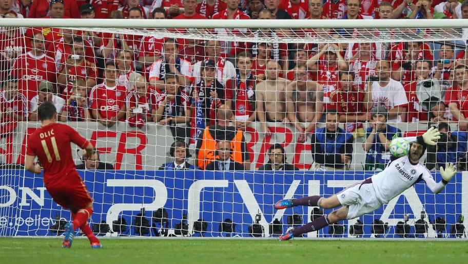 Ivica Olic,Petr Cech