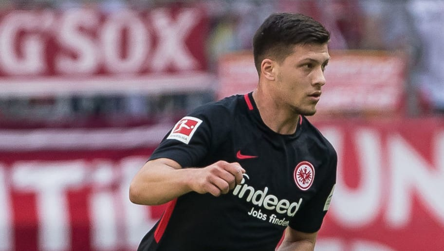 MUNICH, GERMANY - APRIL 28: Luka Jovic of Frankfurt controls the ball during the Bundesliga match between FC Bayern Muenchen and Eintracht Frankfurt at Allianz Arena on April 28, 2018 in Munich, Germany. (Photo by TF-Images/Getty Images)