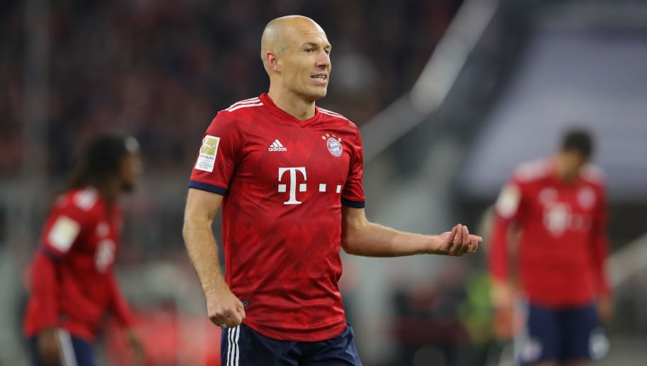 MUNICH, GERMANY - SEPTEMBER 25:  Arjen Robben of Bayern Muenchen looks on during the Bundesliga match between FC Bayern Muenchen and FC Augsburg at Allianz Arena on September 25, 2018 in Munich, Germany.  (Photo by Alexander Hassenstein/Bongarts/Getty Images)