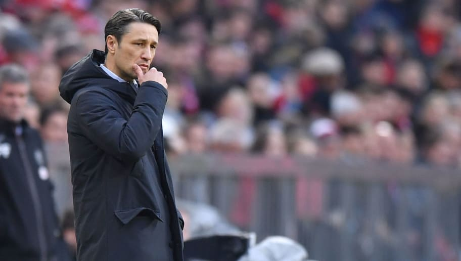 MUNICH, GERMANY - NOVEMBER 24: Head coach Niko Kovac of Bayern Muenchen gives his team instructions during the Bundesliga match between FC Bayern Muenchen and Fortuna Duesseldorf at Allianz Arena on November 24, 2018 in Munich, Germany. (Photo by Sebastian Widmann/Bongarts/Getty Images)