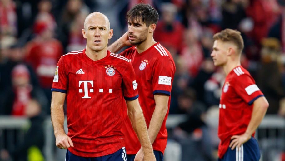 MUNICH, GERMANY - NOVEMBER 24: Arjen Robben of Bayern Muenchen looks on during the Bundesliga match between FC Bayern Muenchen and Fortuna Duesseldorf at Allianz Arena on November 24, 2018 in Munich, Germany. (Photo by TF-Images/Getty Images)