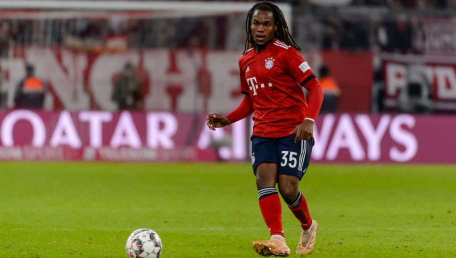 MUNICH, GERMANY - NOVEMBER 24: Renato Sanches of Bayern Muenchen controls the ball during the Bundesliga match between FC Bayern Muenchen and Fortuna Duesseldorf at Allianz Arena on November 24, 2018 in Munich, Germany. (Photo by TF-Images/Getty Images).