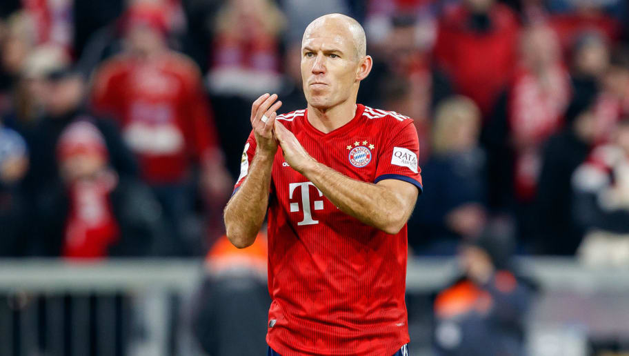 MUNICH, GERMANY - NOVEMBER 24: Arjen Robben of Bayern Muenchen gestures during the Bundesliga match between FC Bayern Muenchen and Fortuna Duesseldorf at Allianz Arena on November 24, 2018 in Munich, Germany. (Photo by TF-Images/Getty Images)