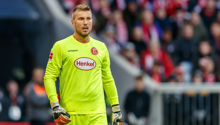 MUNICH, GERMANY - NOVEMBER 24: Goalkeeper Michael Rensing of Fortuna Duesseldorf looks on during the Bundesliga match between FC Bayern Muenchen and Fortuna Duesseldorf at Allianz Arena on November 24, 2018 in Munich, Germany. (Photo by TF-Images/Getty Images)