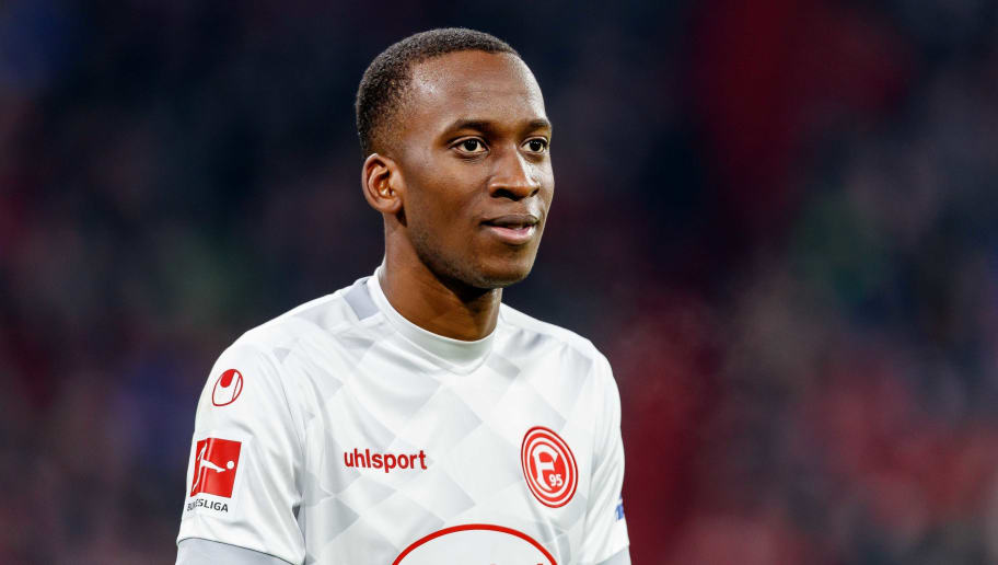 MUNICH, GERMANY - NOVEMBER 24: Dodi Lukebakio of Fortuna Duesseldorf looks on during the Bundesliga match between FC Bayern Muenchen and Fortuna Duesseldorf at Allianz Arena on November 24, 2018 in Munich, Germany. (Photo by TF-Images/Getty Images)