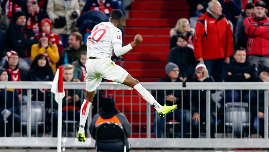 MUNICH, GERMANY - NOVEMBER 24: Dodi Lukebakio of Fortuna Duesseldorf celebrates after scoring his team`s third goal during the Bundesliga match between FC Bayern Muenchen and Fortuna Duesseldorf at Allianz Arena on November 24, 2018 in Munich, Germany. (Photo by TF-Images/Getty Images)