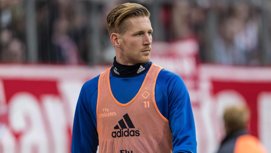 MUNICH, GERMANY - MARCH 10: Andre Hahn of Hamburg looks on during the Bundesliga match between FC Bayern Muenchen and Hamburger SV at Allianz Arena on March 10, 2018 in Munich, Germany. (Photo by TF-Images/TF-Images via Getty Images)