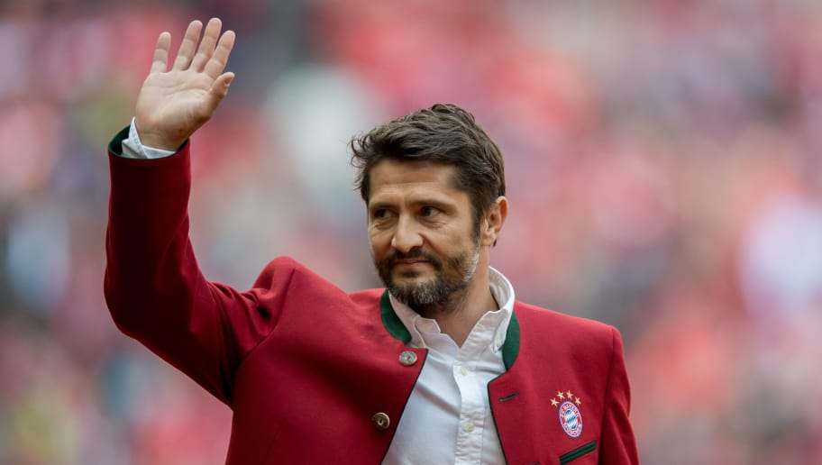 MUNICH, GERMANY - MAY 14:  Bixente Lizarazu, former player of Bayern Muenchen is introduced to the public prior to the Bundesliga match between FC Bayern Muenchen and Hannover 96 at Allianz Arena on May 14, 2016 in Munich, Germany.  (Photo by Boris Streubel/Getty Images)