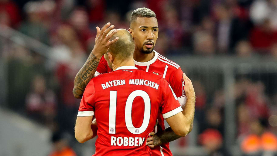MUNICH, GERMANY - OCTOBER 28: Arjen Robben of Muenchen hugs Jerome Boateng of Muenchen during the Bundesliga match between FC Bayern Muenchen and RB Leipzig at Allianz Arena on October 28, 2017 in Munich, Germany. (Photo by TF-Images/TF-Images via Getty Images)
